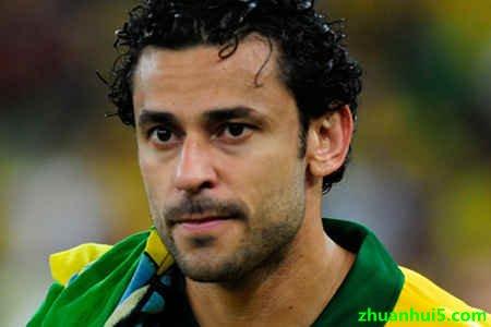 米内罗竞技官方宣布签约前巴西国家队的主力前锋弗雷德