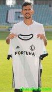 华沙莱吉亚签下了葡萄牙中场安德烈-马丁斯(André Martins)